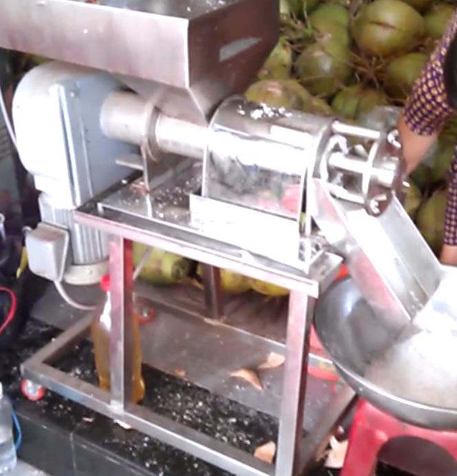 thanh lý máy ép nước cốt dừa cũ