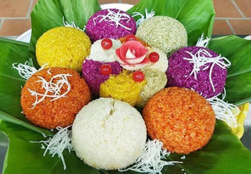 Cách nấu xôi ngũ sắc ngon đúng chuẩn của người Thái
