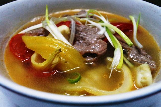 Thịt bò nấu canh chua