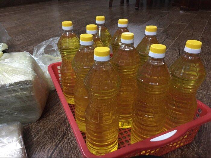 dầu ăn được ép bởi máy ép dầu ăn công nghiệp