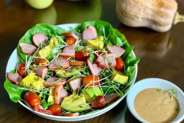 salad thịt nguội